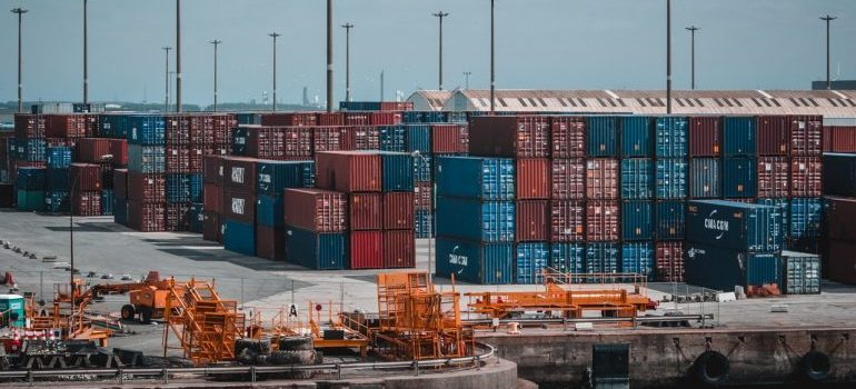 Shipping dock with containers